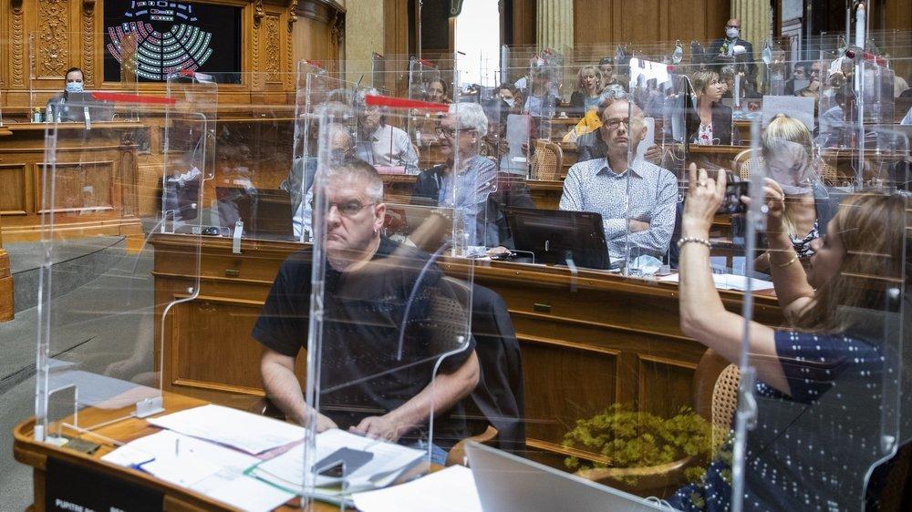 La session d'automne des Chambres fédérales s'est terminée ce vendredi à Berne. Ici au premier plan le conseiller national neuchâtelois Denis de la Reussille.