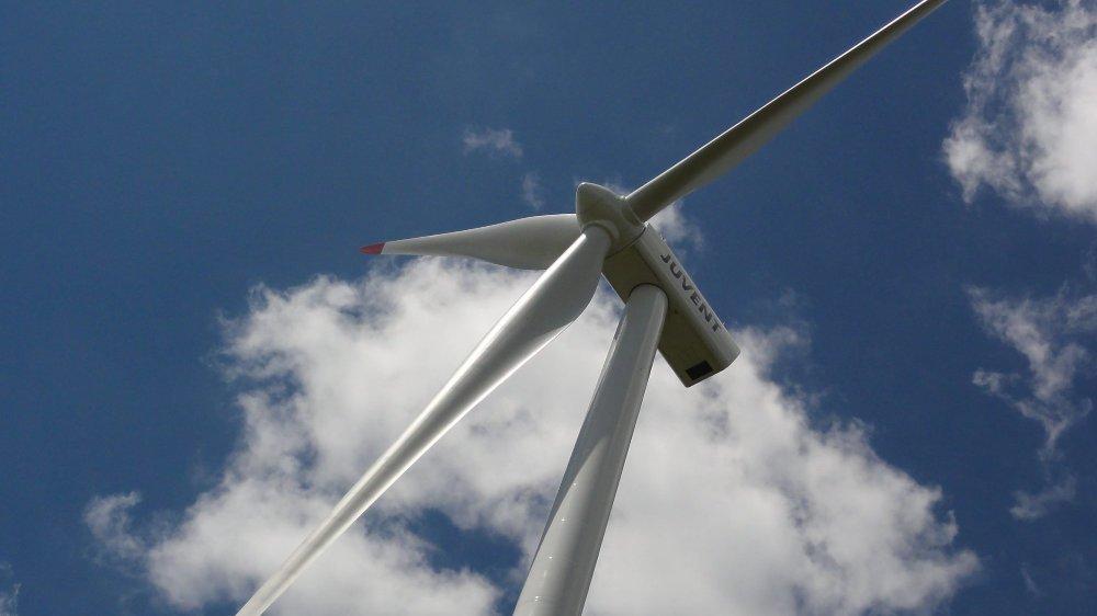 Une éolienne du parc de Mont-Soleil.