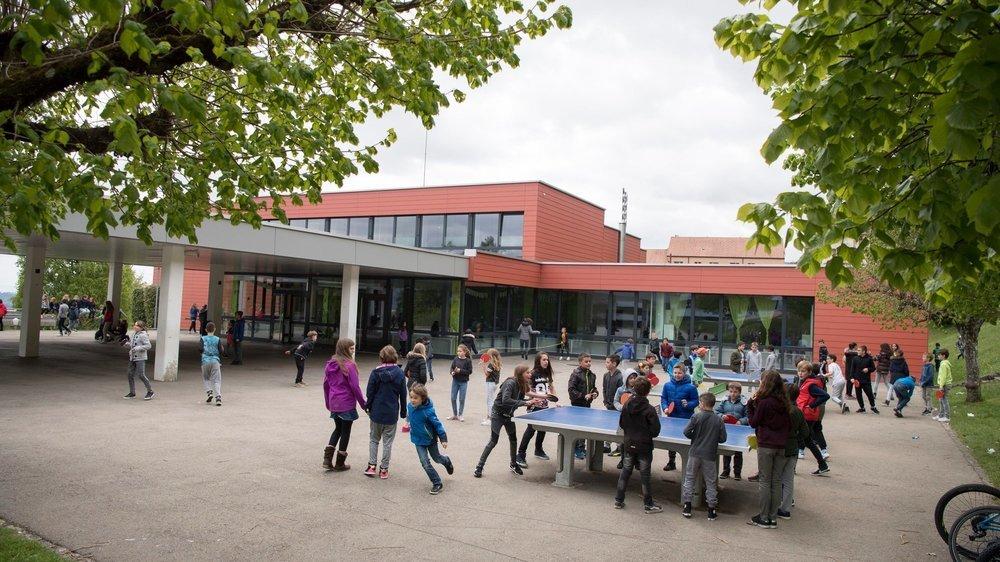 """Le collège primaire de la Fontenelle, à Cernier, sera-t-il le premier à tester l'expérience """"zéro déchet""""? Rien n'est encore décidé."""