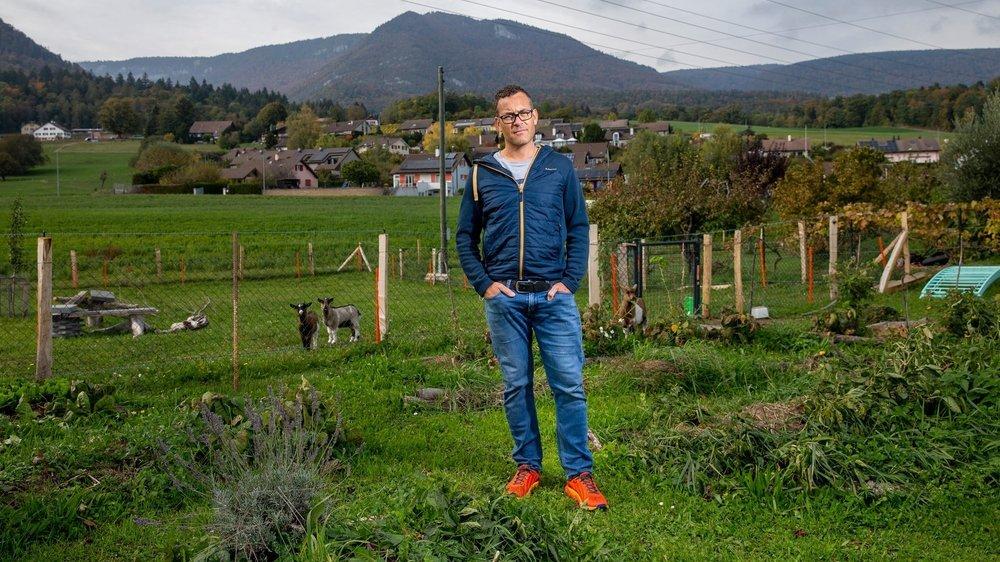 Le Boudrysan Dastier Richner vit à proximité du centre d'accueil de Perreux. Lui et ses voisins sont régulièrement victimes de délits commis par des requérants d'asile.