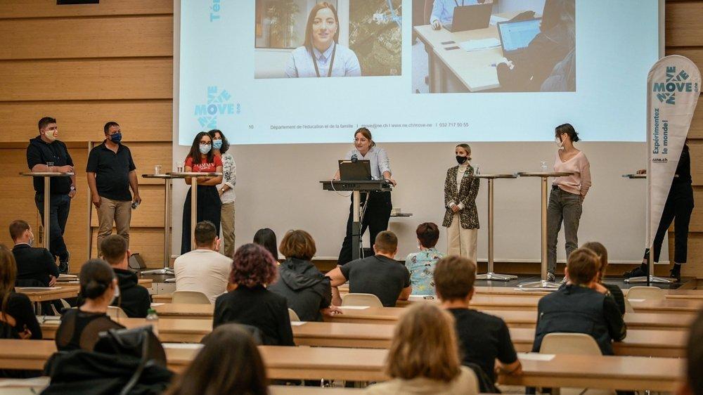 Six jeunes Neuchâtelois ont raconté leur expérience formatrice en Suisse ou à l'étranger.