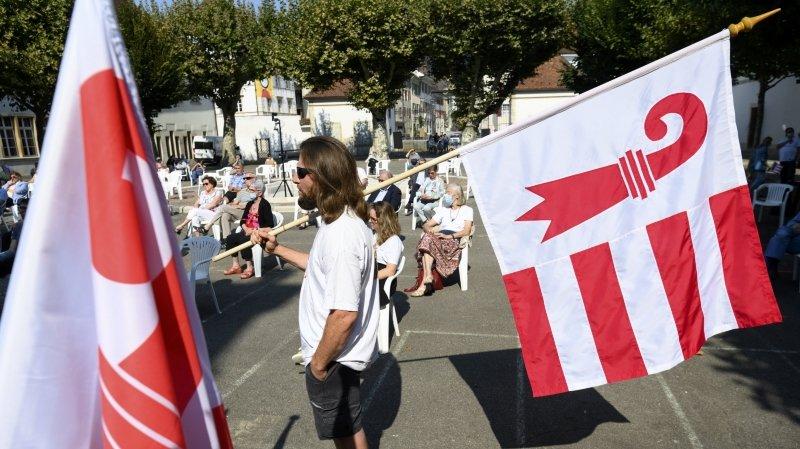 Les manifestations jurassiennes (ici la récente Fête du peuple) sans port du masque obligatoire devront limiter le nombre de participants.