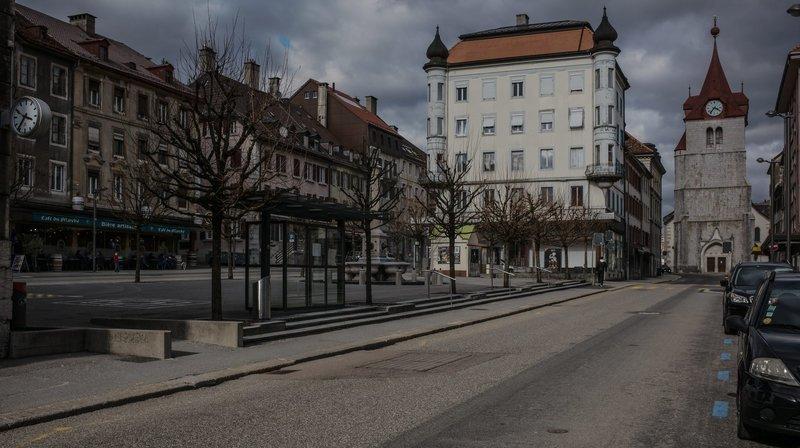 """Le """"P'tit marché du samedi matin"""" a lieu sur la place du Marché du Locle"""