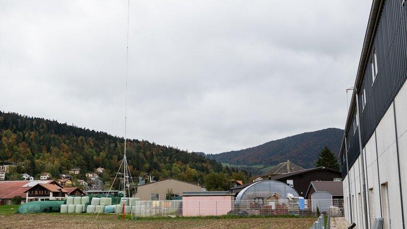 Plus de 800 oppositions aux antennes 5G prévues à Dombresson et Fontaines