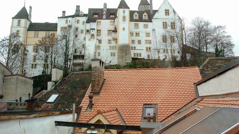 Les propriétaires de Neuchâtel, Corcelles-Cormondrèche, Peseux et Valangin peuvent bénéficier de ce soutien afin de poser des panneaux photovoltaïques sur leurs toits.