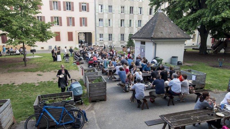 Canton de Neuchâtel: il faudra annoncer les manifestations privées de plus de 30 personnes