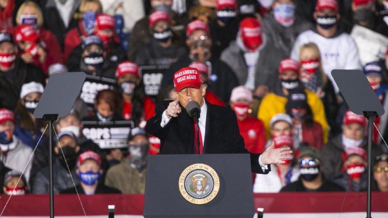 Donald Trump a effectué de multiples déplacements samedi. Il a notamment fait campagne à Janesville, dans le Wisconsin.