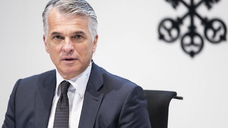 Banques: le directeur général d'UBS ne croit pas à une possibilité de rachat