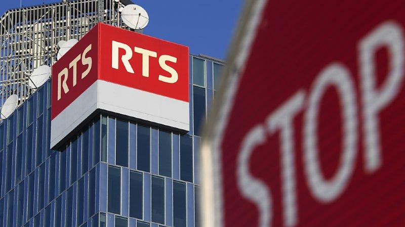 La RTS va devoir économiser 15 millions de francs d'ici à 2024, à cause de la baisse des recettes publicitaires et de la hausse des charges. Ce montant correspond à 50 à 65 postes, sur 1518 postes équivalents plein temps (archives).
