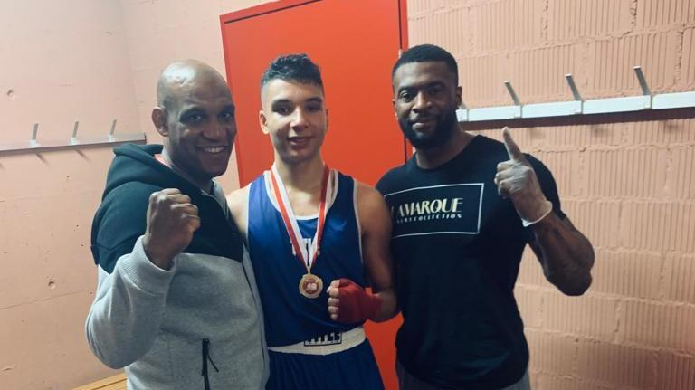 Premier tournoi et premier titre de champion de Suisse de boxe pour un Neuchâtelois