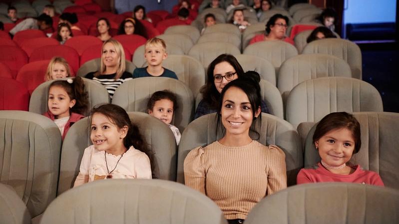 Le public neuchâtelois est de retour dans les salles de spectacle, mais le virus aussi
