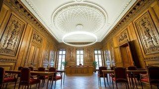 Communales à Neuchâtel: le défi des autorités pour réussir la fusion