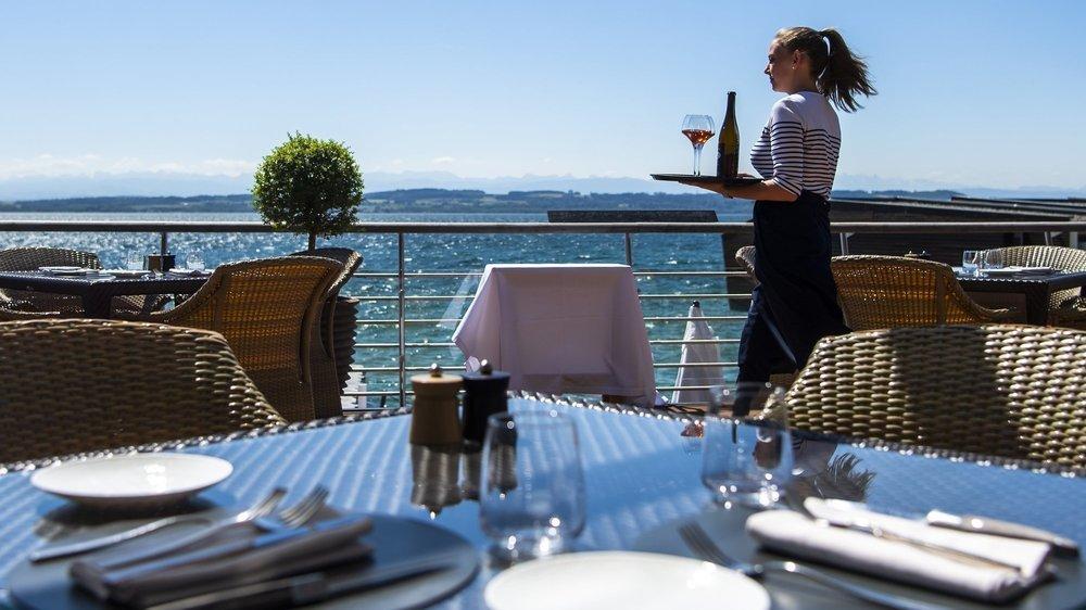 Les hôtels neuchâtelois (ici le Palafitte) doivent faire avec moins de tourisme d'affaires. Ils devraient en partie compter, en revanche, sur la nouvelle réputation touristique de Neuchâtel en Suisse.