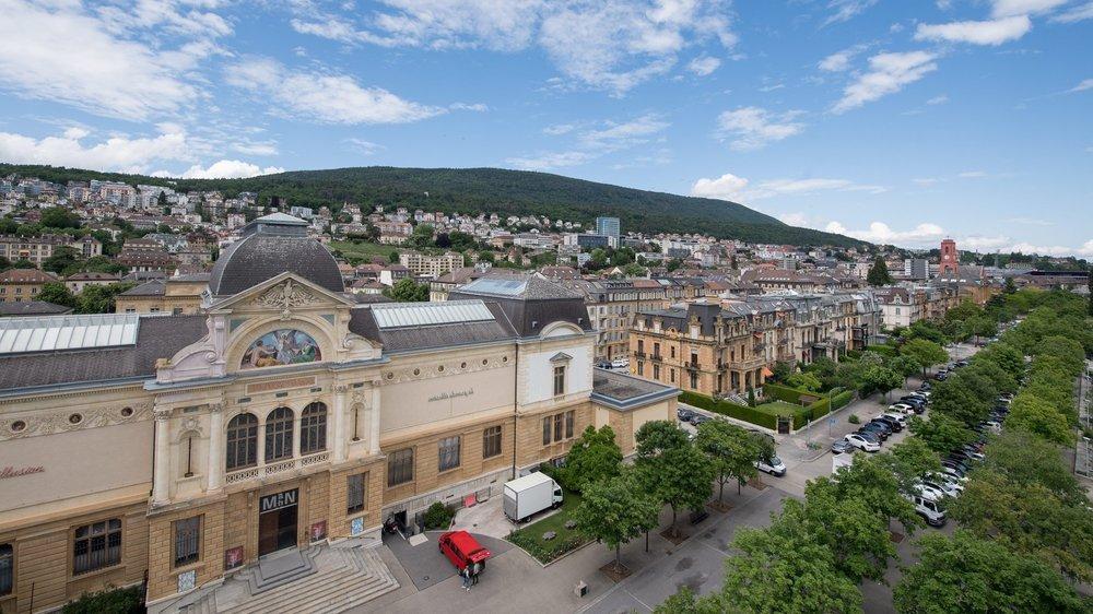 Neuchâtel: c'est sous tente, entre l'hôtel Beaulac et le Musée d'art et d'histoire que devait s'installer le salon Imagination.