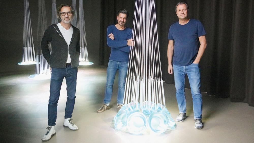 Patrick Reymond, Armand Louis et Aurel Aebi (de gauche à droite) ont fondé l'atelier Oï en 1991.