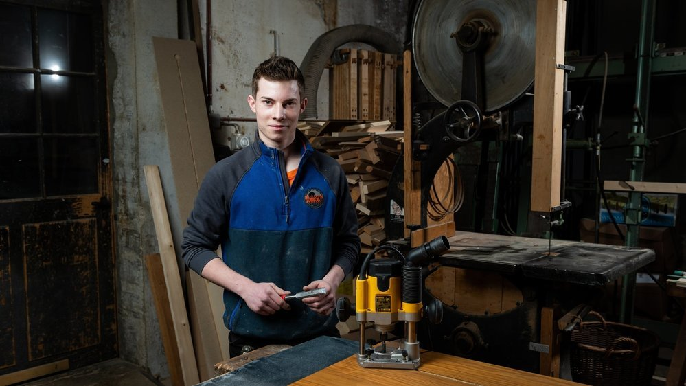 «J'ai misé sur des outils de très haute qualité et j'ai décidé que j'arriverais au bout des épreuves avec les meubles finis, afin d'obtenir des points sur tous les postes», explique Romain Mingard.
