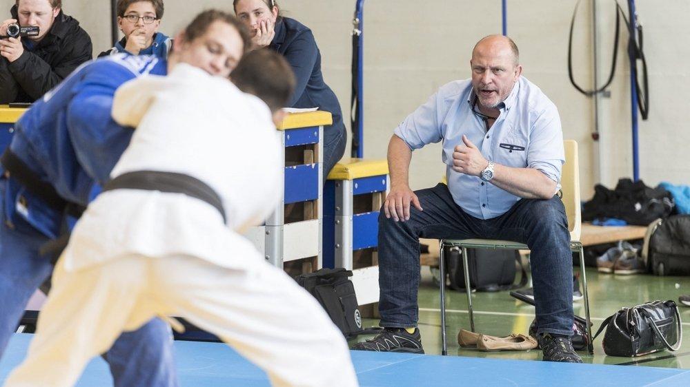 Directeur du Judo club Cortaillod, Stéphane Guye (à droite) n'imagine pas sa formation reprendre la compétition en 2021.