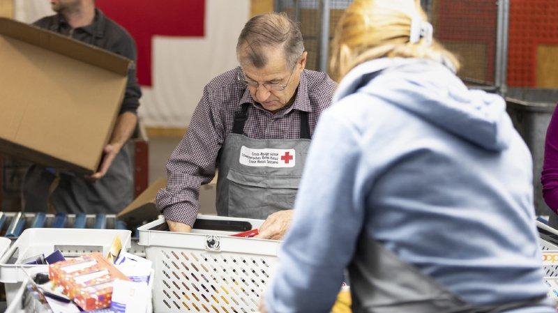 La Croix-Rouge suisse et 28 organisations souhaitent une meilleure reconnaissance du bénévolat
