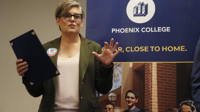 Présidentielle américaine: une responsable électorale en Arizona dénonce des menaces