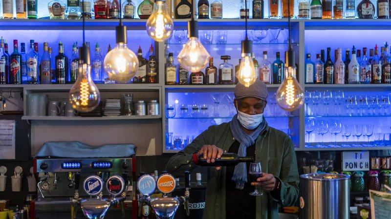 Coronavirus: le Jura ferme ses bars et restaurants