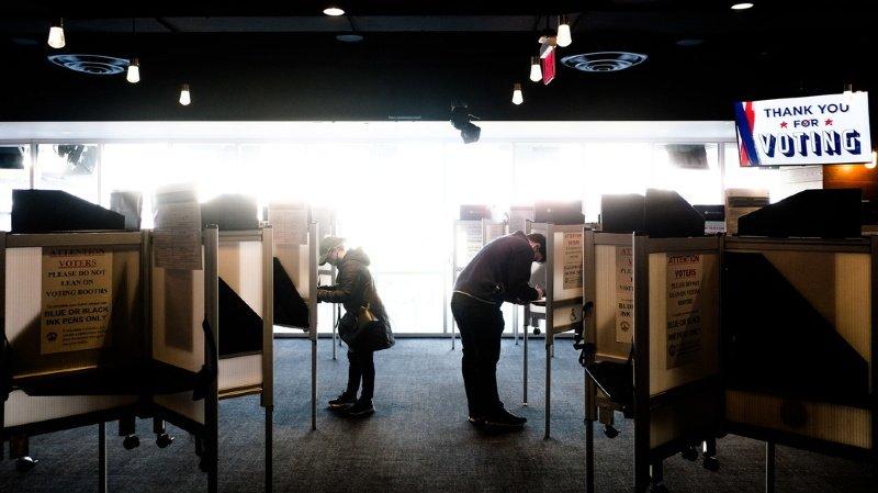 Présidentielle américaine: plus de 100 millions d'Américains ont voté de façon anticipée, un record