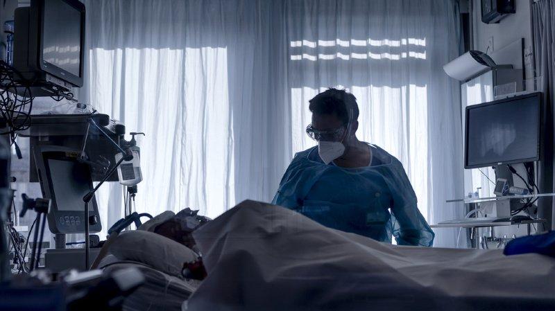 Coronavirus: la Suisse enregistre une surmortalité des personnes âgées