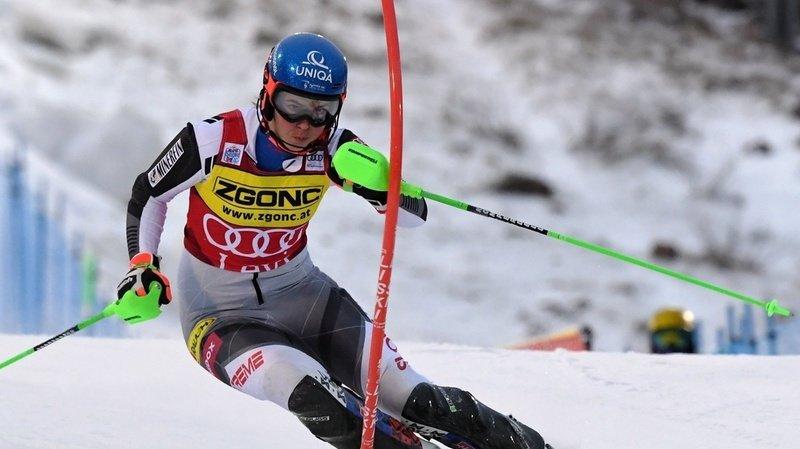 La Slovaque Petra Vlhova remporte la course devant l'Américaine Mikaela Shiffrin.