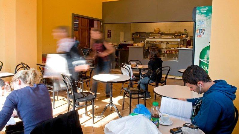 Neuchâtel: des cafétérias ferment, douze licenciements