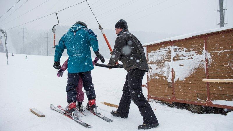 Le petit téléski de La Corbatière a besoin d'un coup neuf pour ouvrir cet hiver