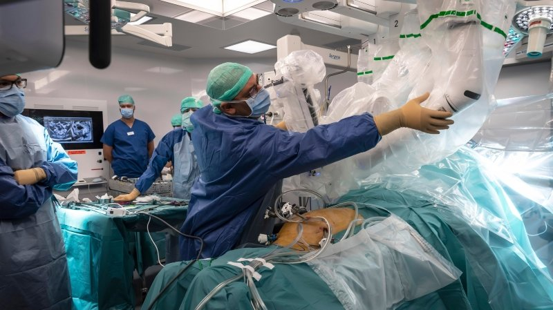 Santé: les opérations électives cristallisent les tensions entre hôpitaux et gouvernement