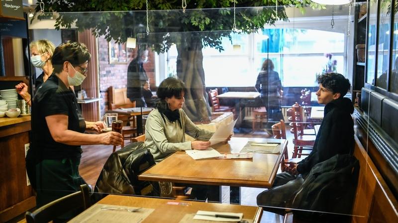 Covid-19: après les mesures prises vendredi, la clientèle diminue encore dans les restaurants neuchâtelois