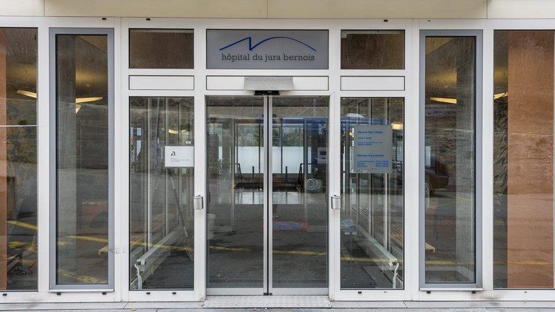 Covid-19: l'Hôpital du Jura bernois renforce son dispositif