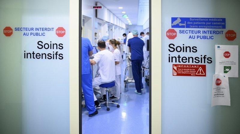 Covid-19: «Des patients romands doivent encore être transférés en Suisse alémanique»