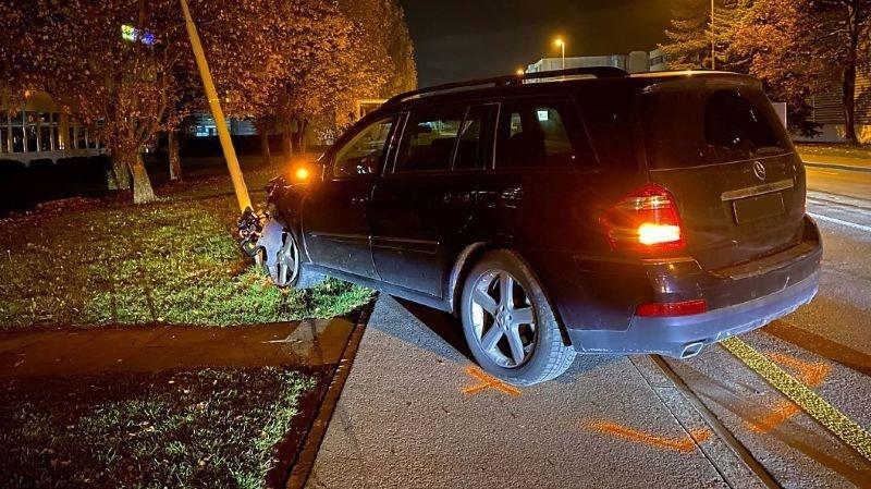 Zoug: ivre au volant, un ado de 15 ans provoque un accident