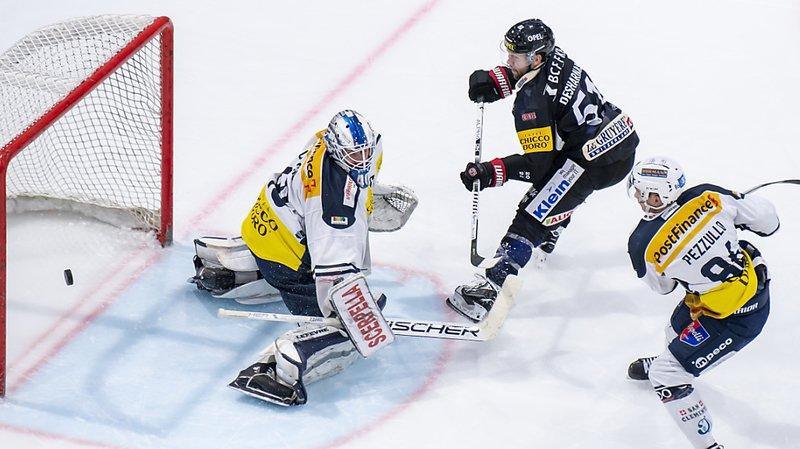 Hockey sur glace: Fribourg solide contre Ambri, Bienne battu en prolongation