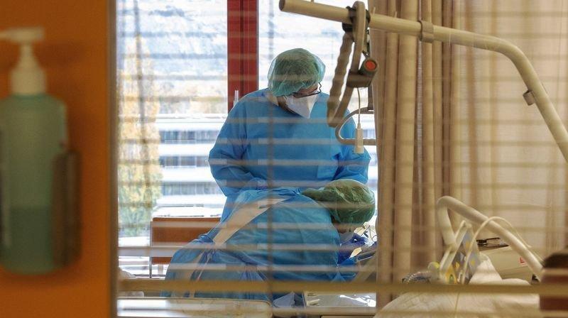 Covid: physiothérapeute hospitalière à Neuchâtel, elle raconte son désarroi