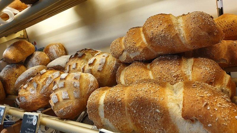 A La Gourmandise, les tresses, le pain paysan, le pain féérique, le pain neuchâtelois ou encore les petits pains de la vallée sont certifiés Neuchâtel Vins et Terroir.