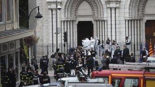 France: trois personnes sont décédées après une attaque au couteau à Nice