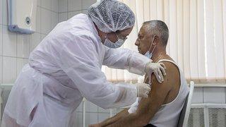 Coronavirus: la Russie a soumis son vaccin pour préqualification à l'OMS