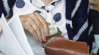 Pauvreté: les seniors satisfaits de leurs finances