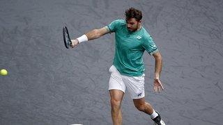 Tennis: Stanislas Wawrinka bat Andrey Rublev en trois sets à Paris-Bercy et se qualifie pour les quarts de finale
