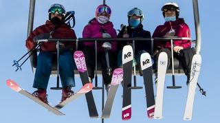 Y aura-t-il des camps de ski cet hiver pour les élèves du canton de Neuchâtel?