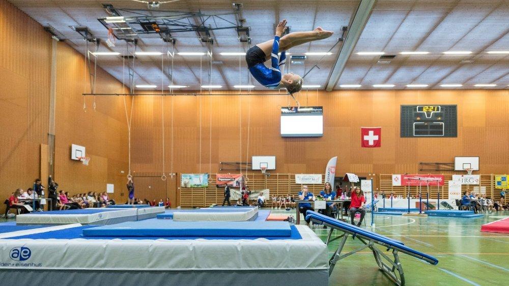 Certaines pratiques dans le monde de la gymnastique ne cesse d'étonner.