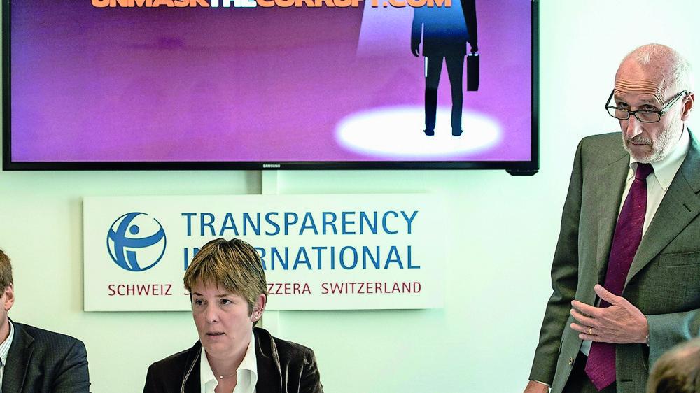 La lutte contre la corruption est une bataille sans fin que des ONG comme Transparency international  mènent depuis longtemps, comme ici lors du lancement d'une campagne, en 2014.