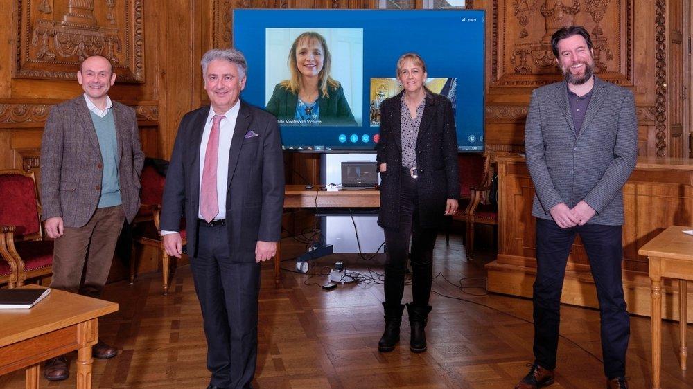 De gauche à droite: Mauro Moruzzi, Thomas Facchinetti, Violaine Blétry-de-Montmollin (en quarantaine, d'où l'écran, mais pas positive au Covid), Nicole Baur et Didier Boillat.