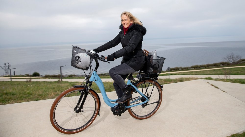 Nicole Baur, souvent à vélo, même par grand froid.