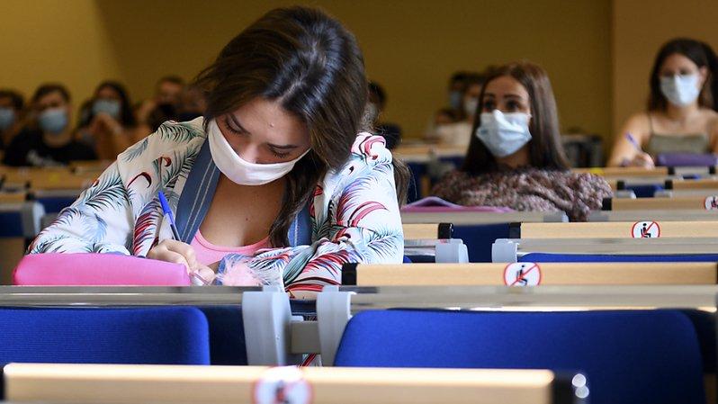 Marché du travail: les femmes sont de plus en plus diplômées