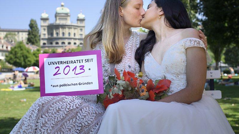 L'attente des couples homosexuels prendra bientôt fin. Le Parlement accepte de leur ouvrir les portes du mariage (archives).