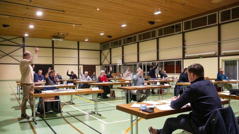 Rochefort: les élus unanimes sur d'importants crédits