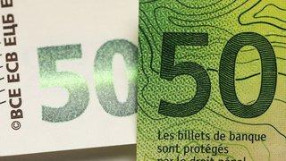 Insolite: un artiste distribue 110 000 CHF en cash à Lucerne